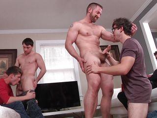 Сперма парня беспл гей видео