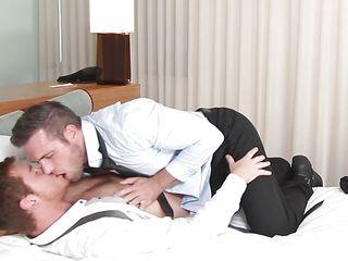 Гей порно негры трахают парня