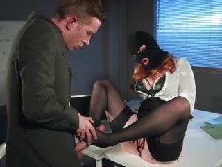 Порно пизда в чулках русская